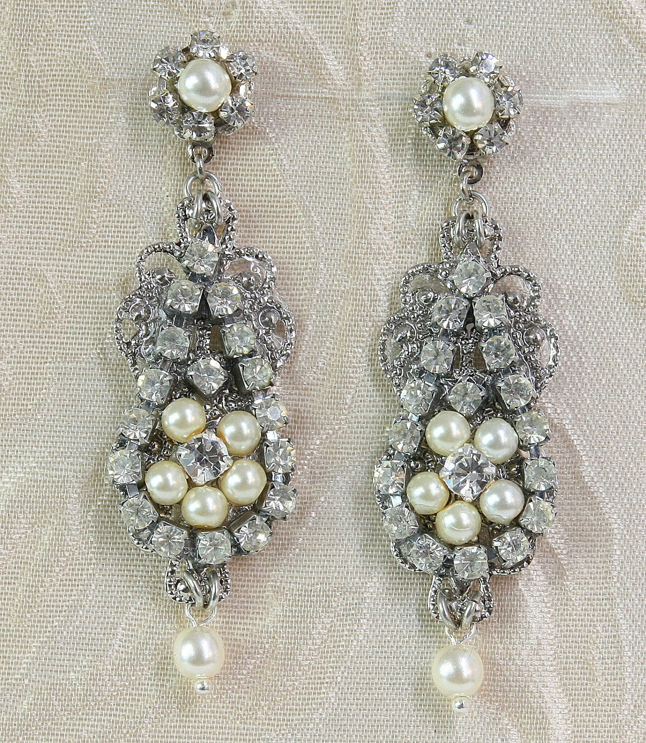 Chandelier earrings lia efrat davidsohn chandelier earrings vintage style rhinestone earringsdeco lia arubaitofo Gallery